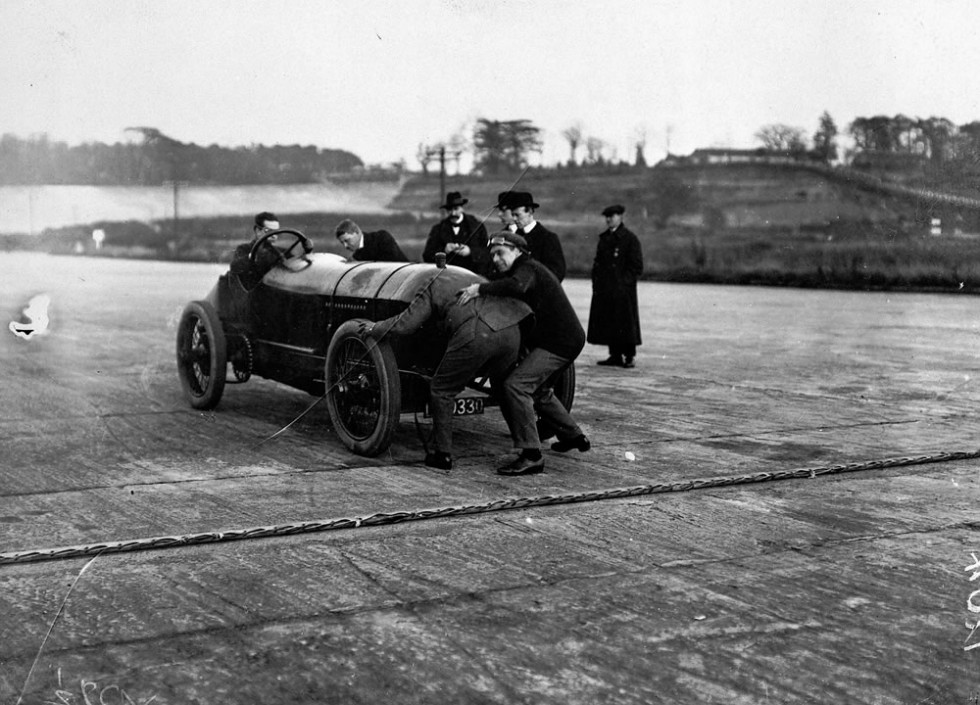 "L.G. ""Cupid"" Hornsted during a record run at Brooklands."