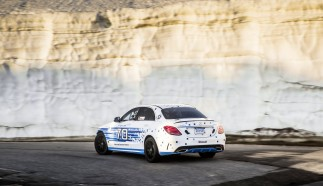 Mercedes-Benz C 300 d 4MATIC sets new record at Pikes Peak
