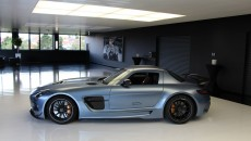 Mercedes SLS AMG Black Series in Yosemite Blue exterior