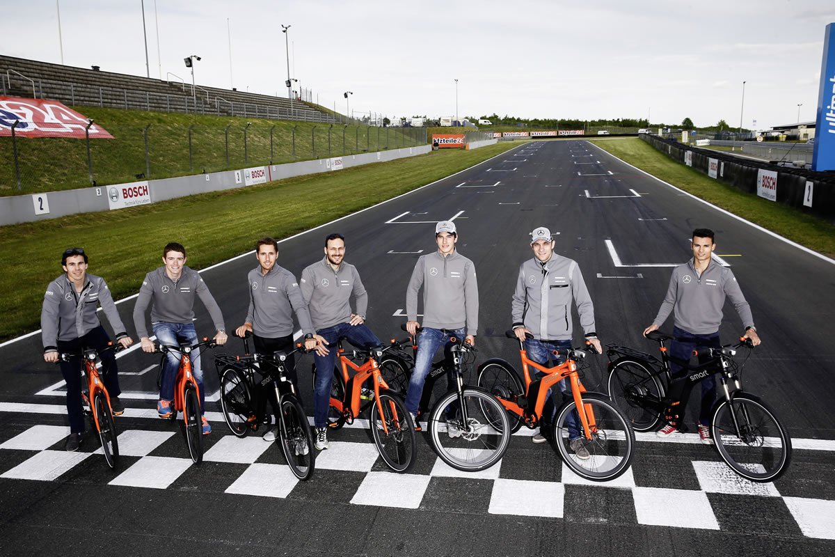 smart ebike editions: Mercedes DTM drivers use new smart ebike editions