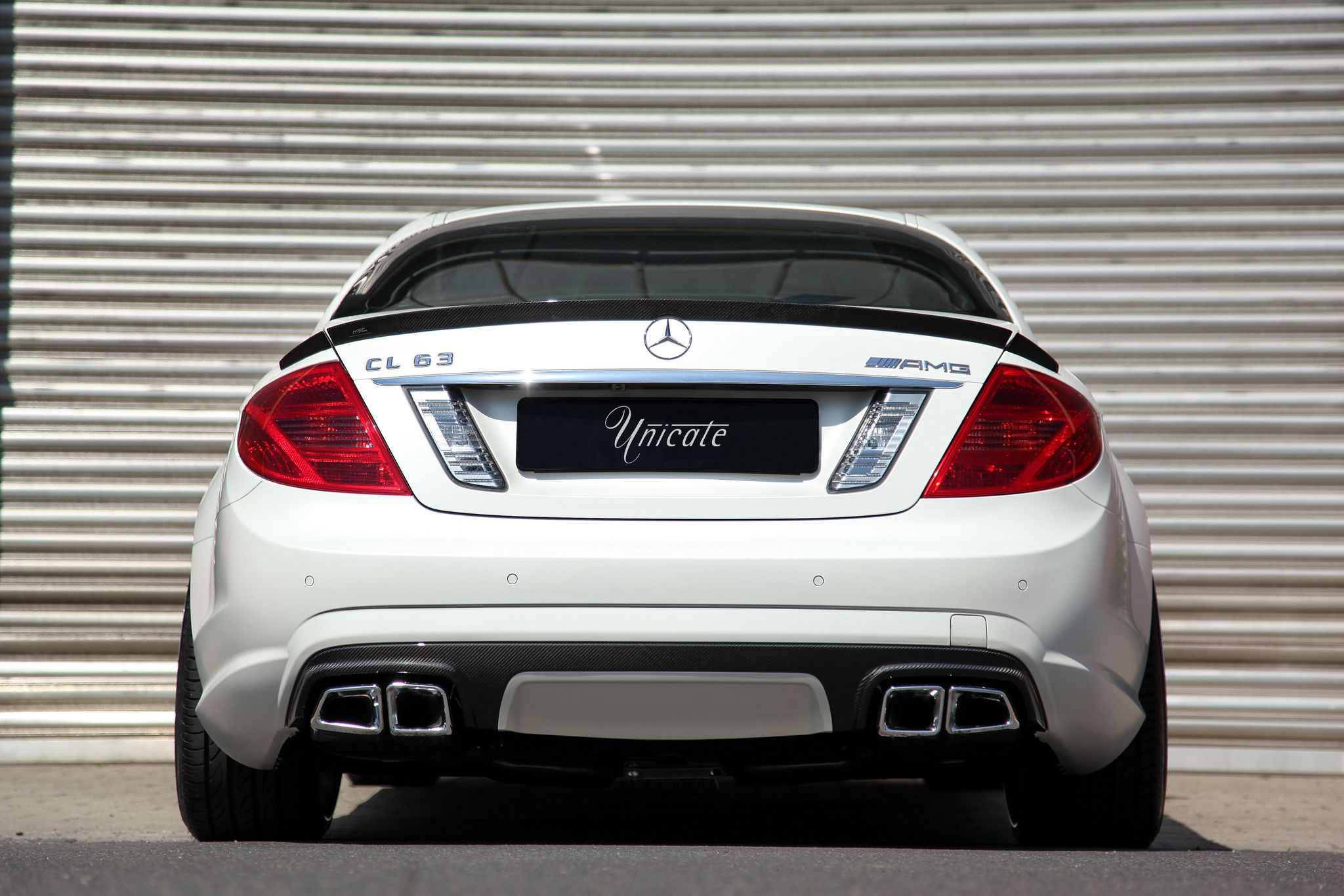 unicate-mercedes-CL63-AMG-2